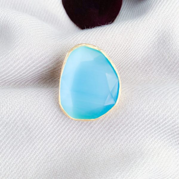 Aqua blue cat's eye ring