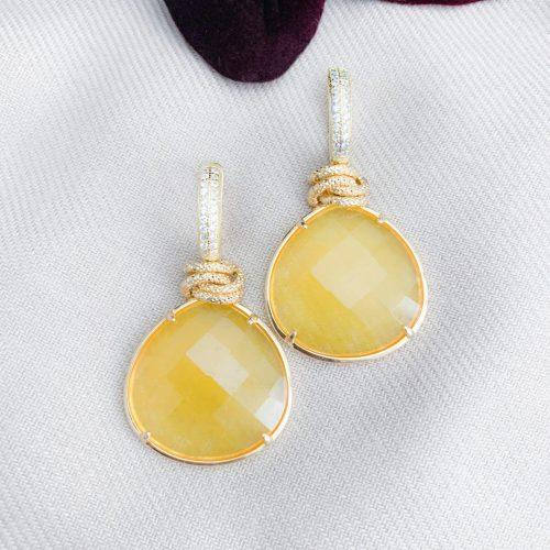 Gele jade en vermeil oorbellen